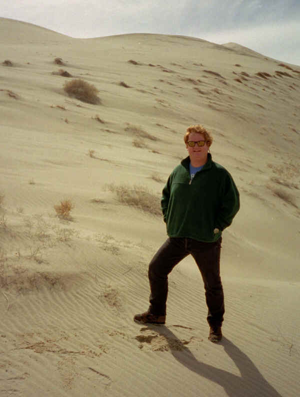 Andy In Dune 2.jpg (366198 bytes)