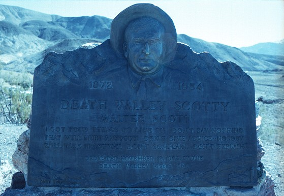 Scotty's Monument.jpg (63435 bytes)